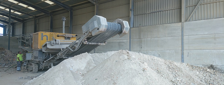 Planta de valorización de residuos RCD, producción de áridos reciclados. CADERSA, SL