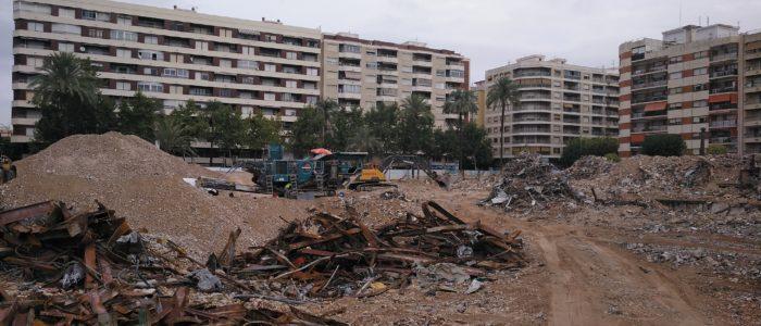 Demolición hospital de Gandia. Sant Francesc de Borja. Verano 2019 CADERSA, SL. Canalizaciones y Derribos la Safor, SL